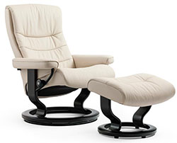 Stressless Nordic Classic Base Recliner Chair and Ottoman