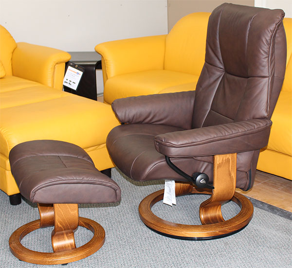 Stressless Kensington Large Mayfair Paloma Chocolate Leather by Ekornes