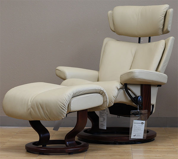 Stressless Magic Paloma Camel 09487 Leather Recliner from Ekornes